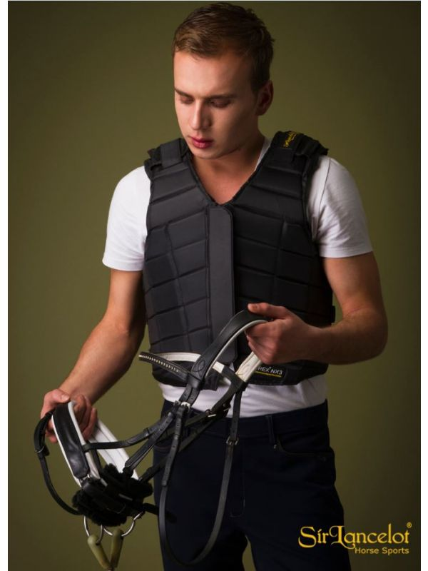 "Sir Lancelot 8-Point Fit™ ""Classic Black"" Bodyprotector"